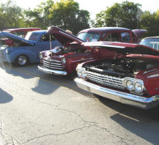 Cookees Gerneral Pleasonton Days Car Show All Lined Up Gleaming