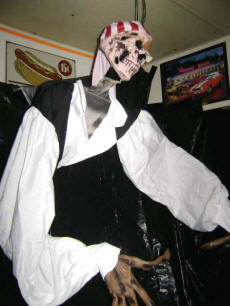 Cookees Drive-In Haunted Drive-In Zombie Pirate!