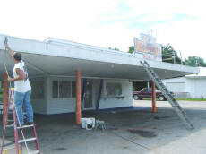 Starting Cookees Drive-In New Paint Job 2008