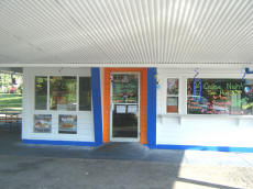 Cookees Drive-In New Paint Design 2008 Angle 5